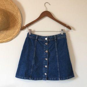 2/$15 H&M A-Line Buttoned Denim Mini Skirt Size 4